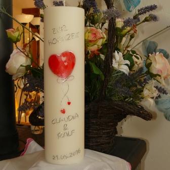 Hochzeitskerze Herz gross mit kleinen Herzen