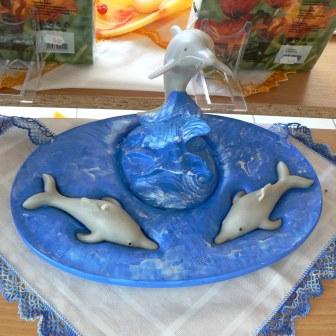 Delfine auf Plateau